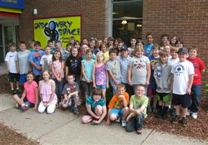 Group photo of children at Discovery Space